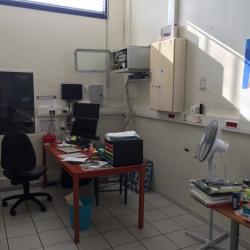 Location Local commercial Bon-Encontre 1590 m²