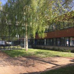 Location Bureau Montigny-le-Bretonneux 242,1 m²