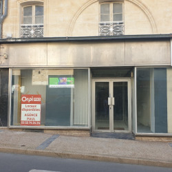 Location Local commercial Bergerac 118 m²