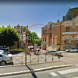 Location Local commercial Vierzon 130 m²