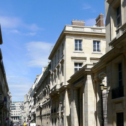 Vente Local commercial Paris 1er 166,83 m²