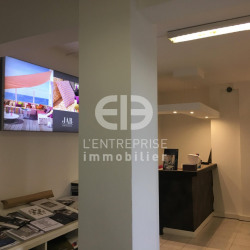 Location Bureau Mougins 175,6 m²