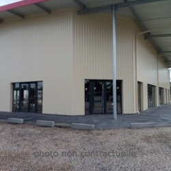 Location Local commercial Saint-Caprais-de-Bordeaux 30 m²