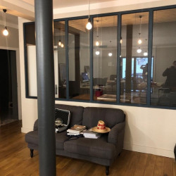 Location Bureau Marseille 1er 60 m²