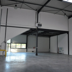 Location Local d'activités Croix 4764 m²