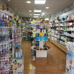 Location Local commercial Marseille 1er 73 m²