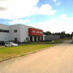 Location Entrepôt Épône 5355 m²