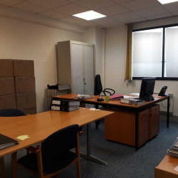 Location Bureau Évry 150 m²