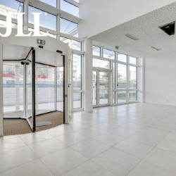 Location Bureau Tremblay-en-France 5681 m²