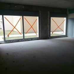 Location Local commercial Aubervilliers 78,7 m²