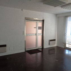 Vente Bureau Tours 92,4 m²