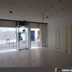 Location Local commercial Mâcon 60 m²