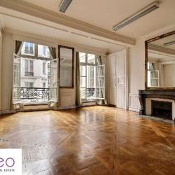 Location Bureau Paris 1er 122 m²