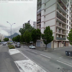 Location Local commercial Grenoble 70 m²