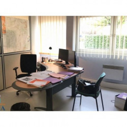 Location Local commercial Chartres 295 m²