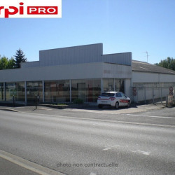 Location Local commercial Bourges 572 m²