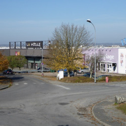 Cession de bail Local commercial Le Vigen 275 m²