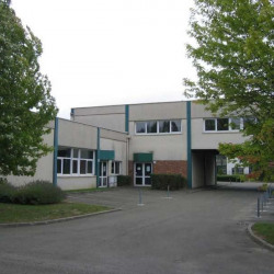 Vente Bureau Trappes 589 m²