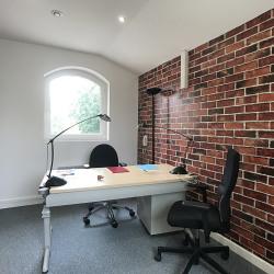Location Bureau Le Plessis-Trévise 138 m²