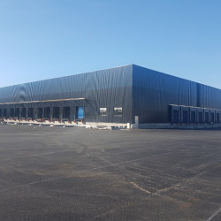 Location Entrepôt Bassens 12980 m²