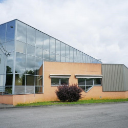 Vente Entrepôt Val-de-Reuil 7970 m²