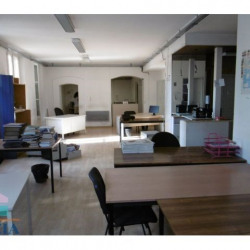 Location Local commercial Toulon 140 m²