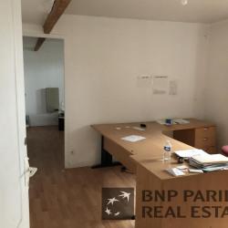 Location Local d'activités Le Petit-Quevilly 381 m²