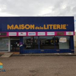 Location Local commercial Le Coteau 0 m²