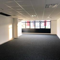 Location Bureau Challes-les-Eaux 70 m²