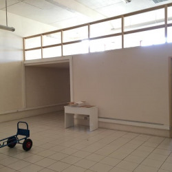 Location Bureau Saint-Laurent-du-Var 140 m²