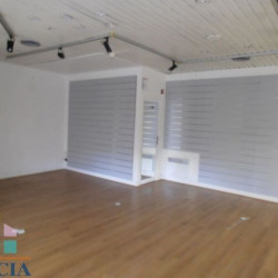 Vente Local commercial Chartres 57 m²