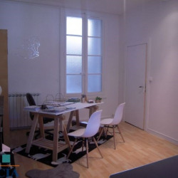 Location Local commercial Nîmes 71 m²
