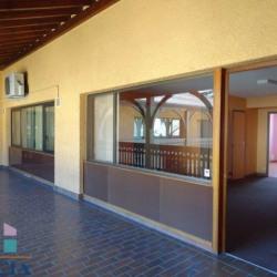 Vente Bureau Montluel 167 m²