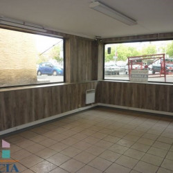 Location Local commercial Manosque 35 m²
