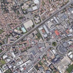 Location Terrain Nîmes 4000 m²