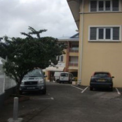Location Local commercial Fort-de-France 72 m²