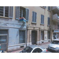 Location Local commercial Toulon 35 m²