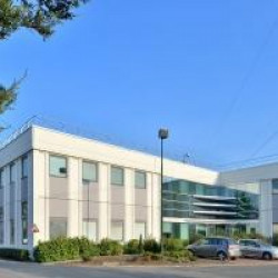 Location Local commercial Osny 1159 m²