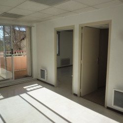 Location Bureau Manosque 66 m²