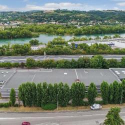Location Entrepôt Chasse-sur-Rhône 5650 m²
