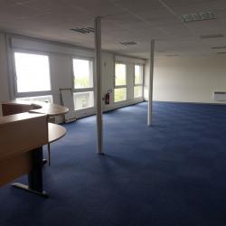 Location Bureau Magny-le-Hongre 85 m²