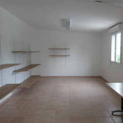 Location Bureau Nîmes 33 m²