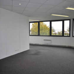 Location Bureau Lacroix-Saint-Ouen 556 m²