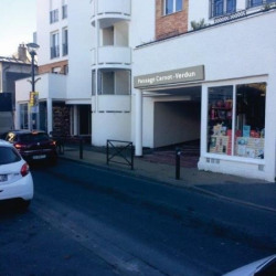 Location Local commercial Romainville 161 m²