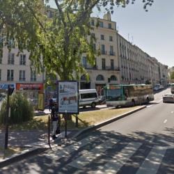 Location Local commercial Sèvres 91 m²