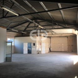 Location Local commercial Mouans-Sartoux 335 m²
