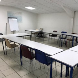 Location Local commercial Ducos 27 m²