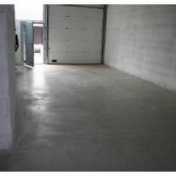 Location Entrepôt Vénissieux 108 m²