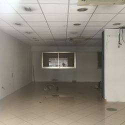 Location Local commercial Le Cannet 127 m²