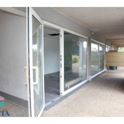 Vente Local commercial Saint-Louis 70 m²